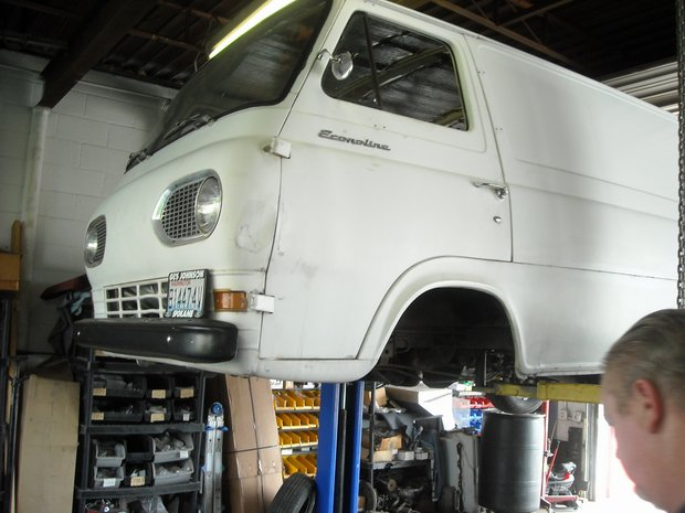 1966 Ford Econoline EFI/Mustang II