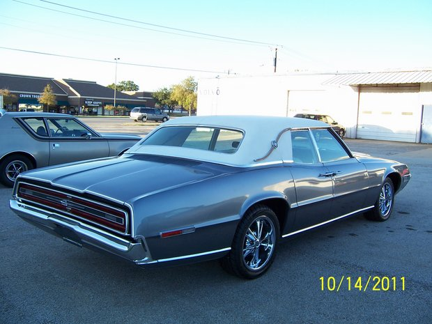 1968 Ford Thunderbird Completion