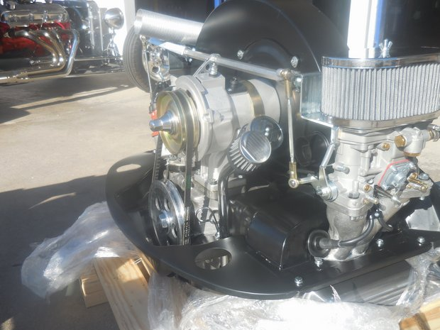 1971 VW Beetle Engine and Body